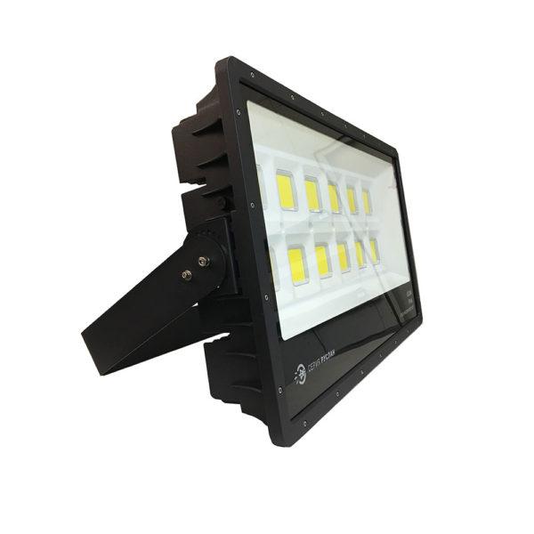 Светодиодный сверхмощный прожектор Эмиттер Руслан 600Вт IP65