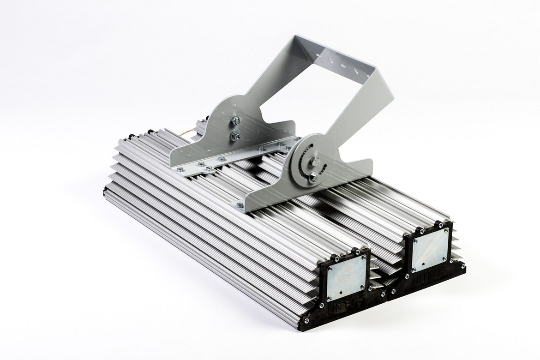 Прожектор для подсветки фасадов NT-LIRA 155Вт